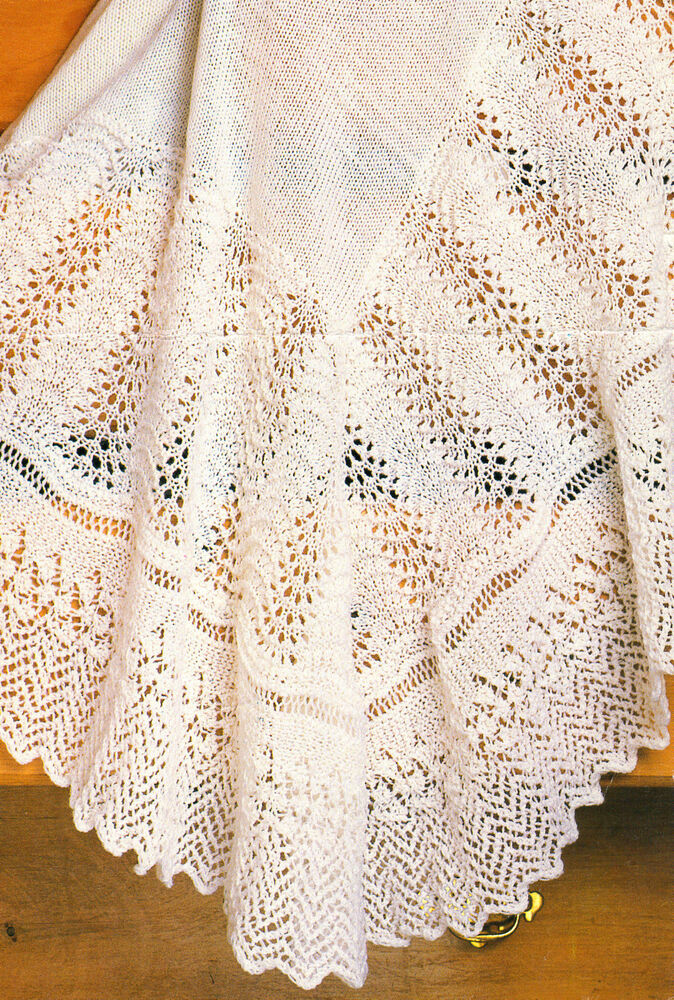 Lace Fan & Zig Zag Border Baby Shawl 48