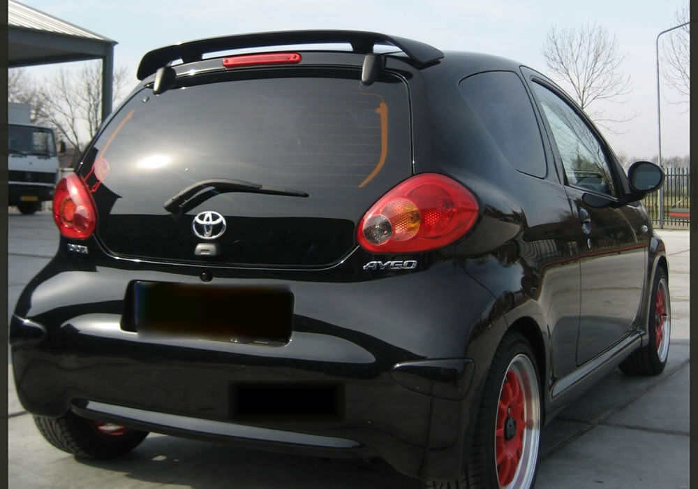 toyota aygo rear boot tailgate spoiler trunk wing 2005 2015 guide primer new ebay. Black Bedroom Furniture Sets. Home Design Ideas