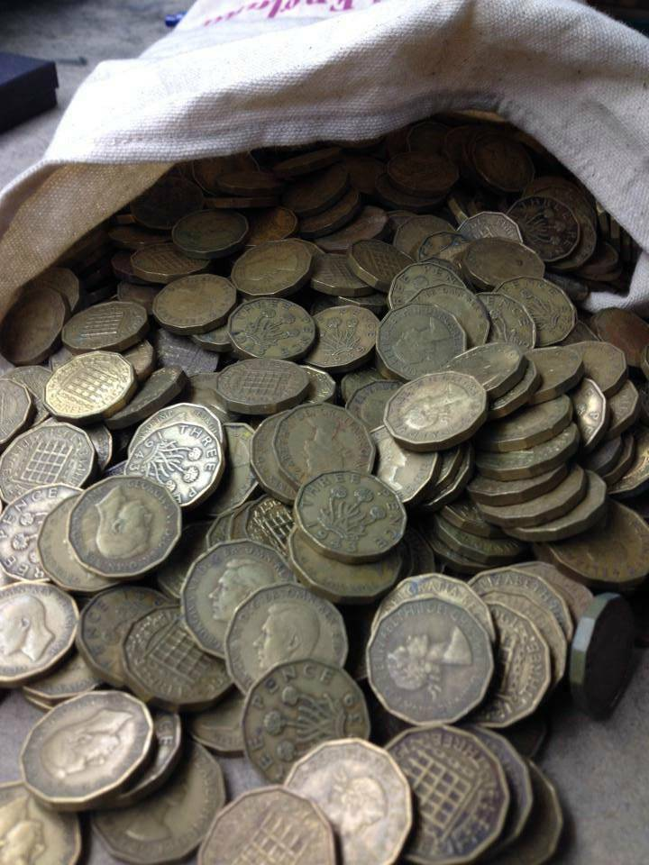 how to clean coins in bulk