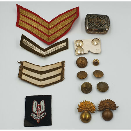 img-ARMY : MILITARY BUTTONS, PATCHES, FUSILIERS CAP BADGES & TIN TOBACCO BOX BUNDLE