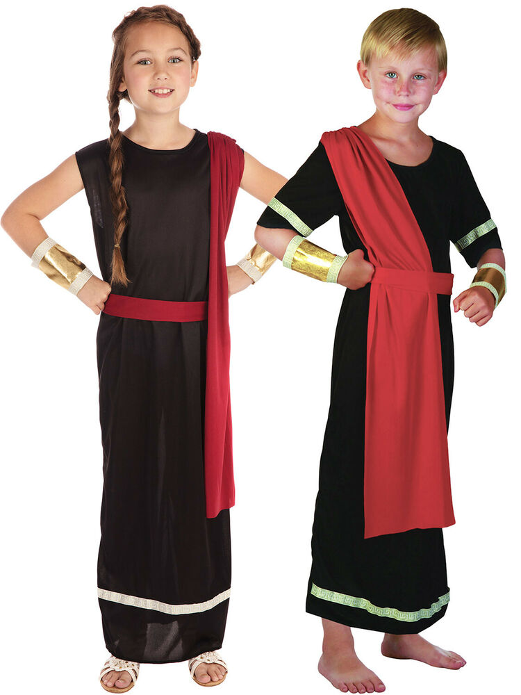 Types of clothing Peplos. The peplos (plural: peploi) was a garment worn by women of ancient celebtubesnews.ml peplos was a large square piece of cloth. The cloth was then folded over to create a double layer, called apoptygma, in the upper part of the celebtubesnews.ml cloth is then folded around the body, and fastened over each shoulder.