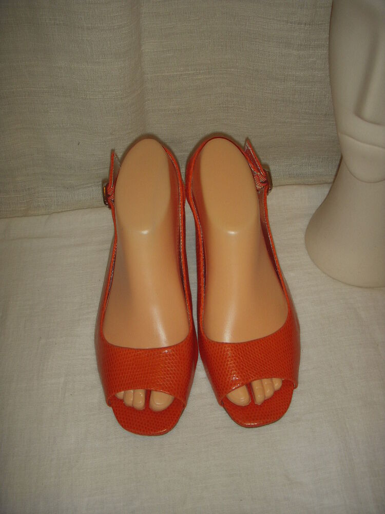 Banana Republic Orange Wedges Sandals Shoes Women Size 8