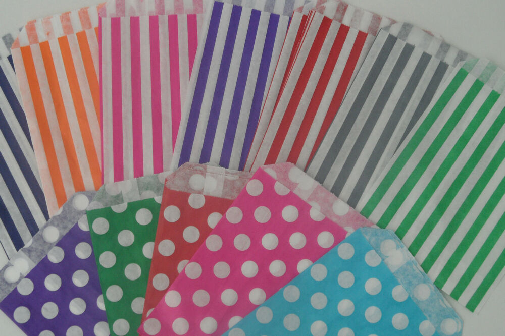 Candy striped polka dot sweet candy wedding favour for Striped and polka dot pumpkins