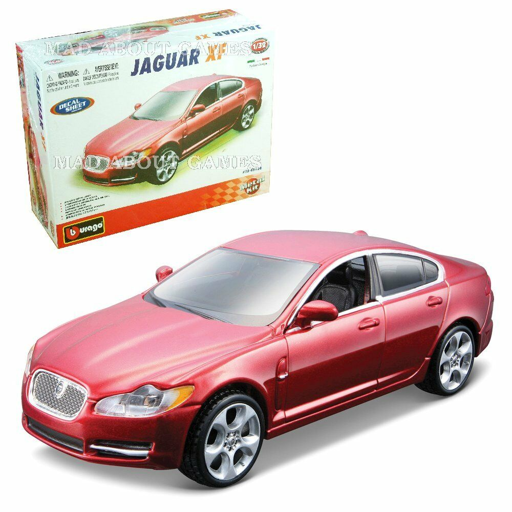 JAGUAR XF 1:32 Diecast Metal Model Car KIT Die Cast Models