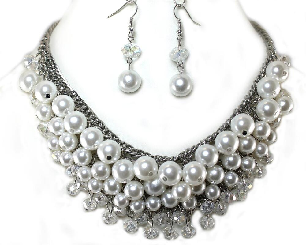 Free Shipping on Many Items! Shop from the world's largest selection and best deals for Pearl Chunky Statement Costume Necklaces & Pendants. Shop with confidence on eBay!