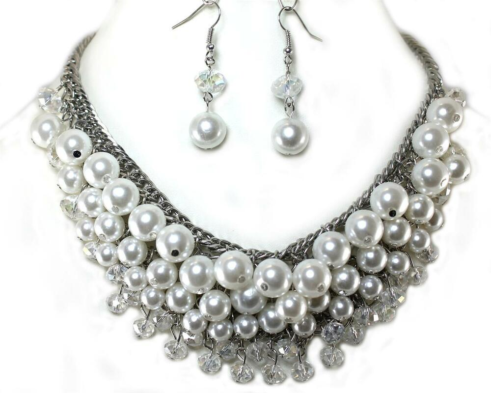 As jewelry wholesaler, we always provide discounted shipping rates along with limited time seasonal rates. We strive to provide our customers with the top-of-the line wholesale jewelry products available at .