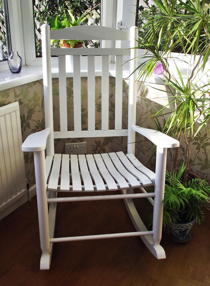 NEW TRADITIONAL MATERNITY WHITE FARMHOUSE ROCKING CHAIR BABY NURSING