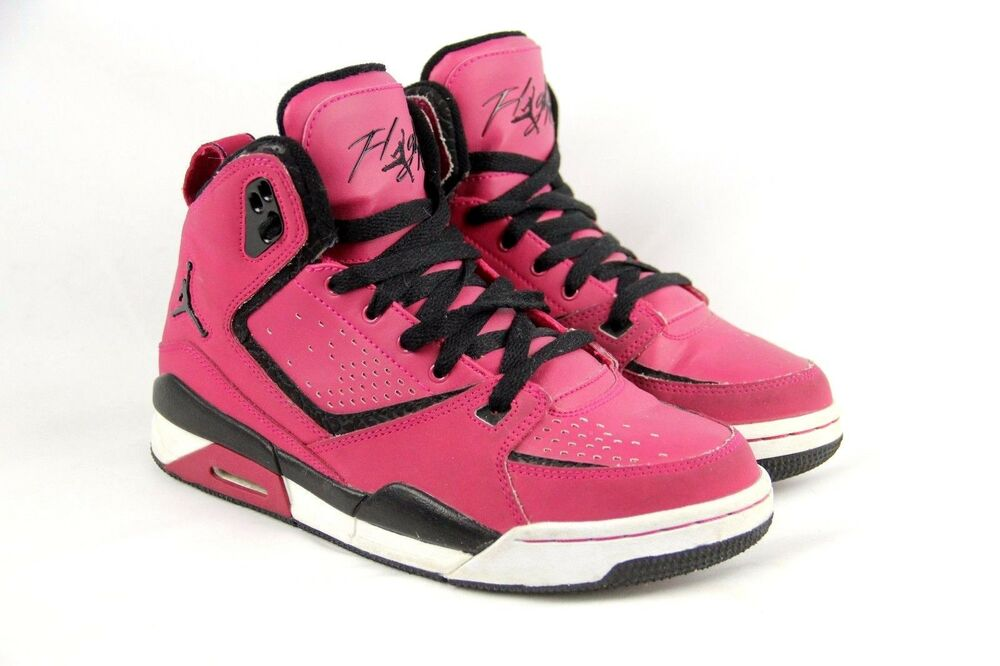 Basketball Shoes Size Y