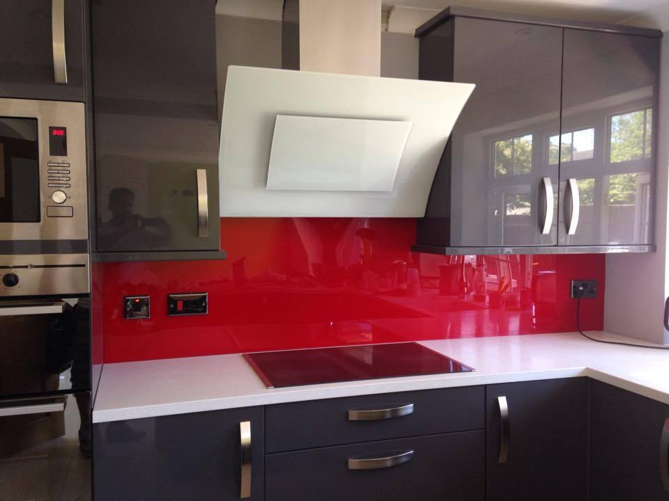 Red acrylic perspex splashback for kitchens bathrooms ebay for Grey white and red kitchen