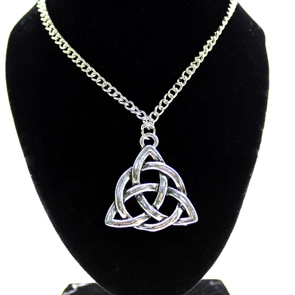 women jewelry celtic knot trinity interweave alloy pendant. Black Bedroom Furniture Sets. Home Design Ideas