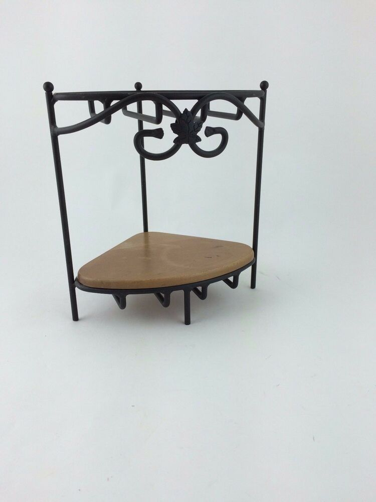 longaberger wrought iron small corner counter top stand w 1 wooden shelf ebay. Black Bedroom Furniture Sets. Home Design Ideas