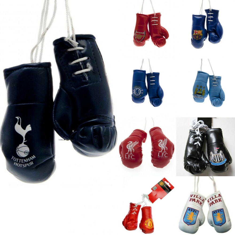 car mirror hanging novelty mini football club crest boxing gloves accessories ebay. Black Bedroom Furniture Sets. Home Design Ideas