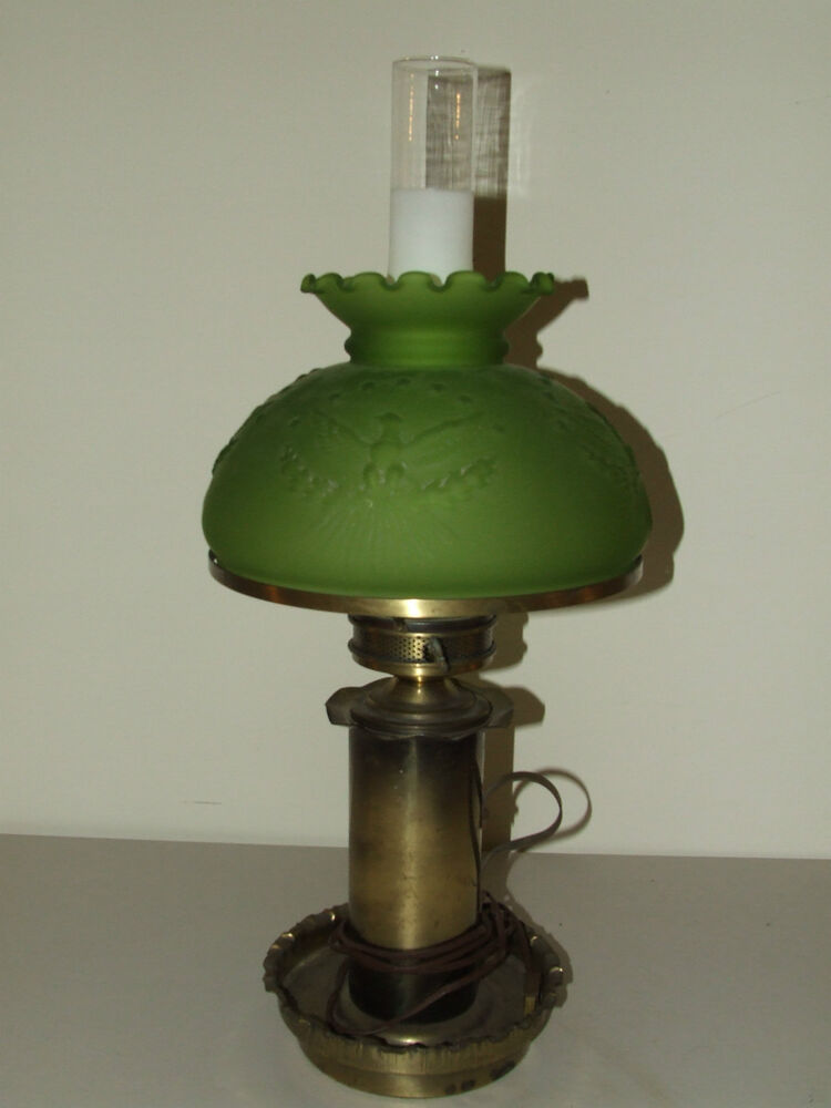 antique victorian colonial style table lamp w patriotic eagle green glass shade ebay. Black Bedroom Furniture Sets. Home Design Ideas