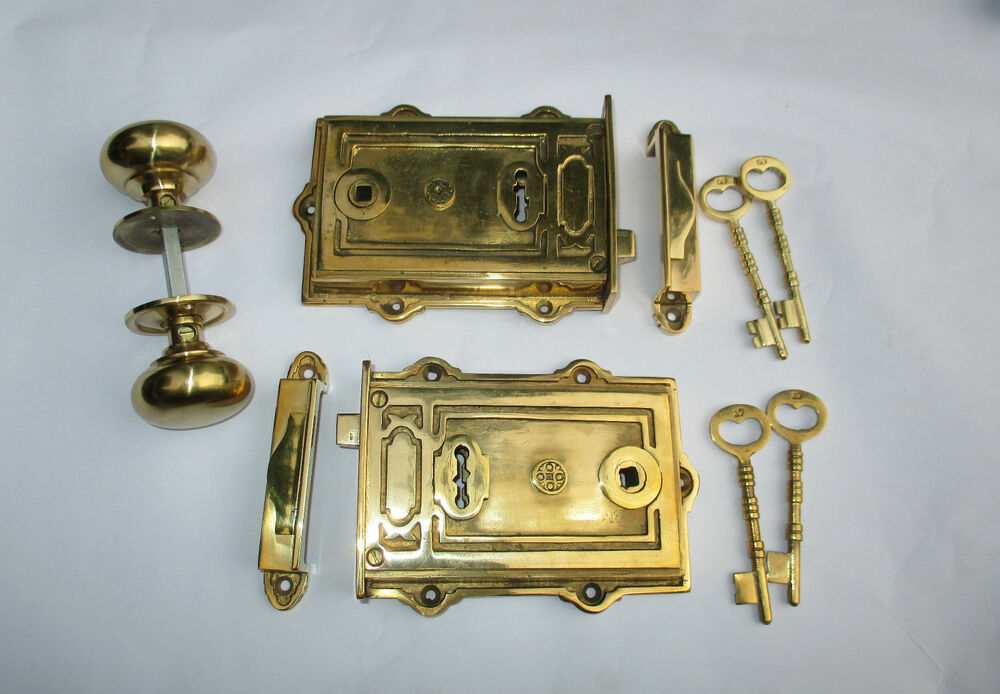 Heavy solid brass davenport vintage old victorian style - Old fashioned interior door locks ...