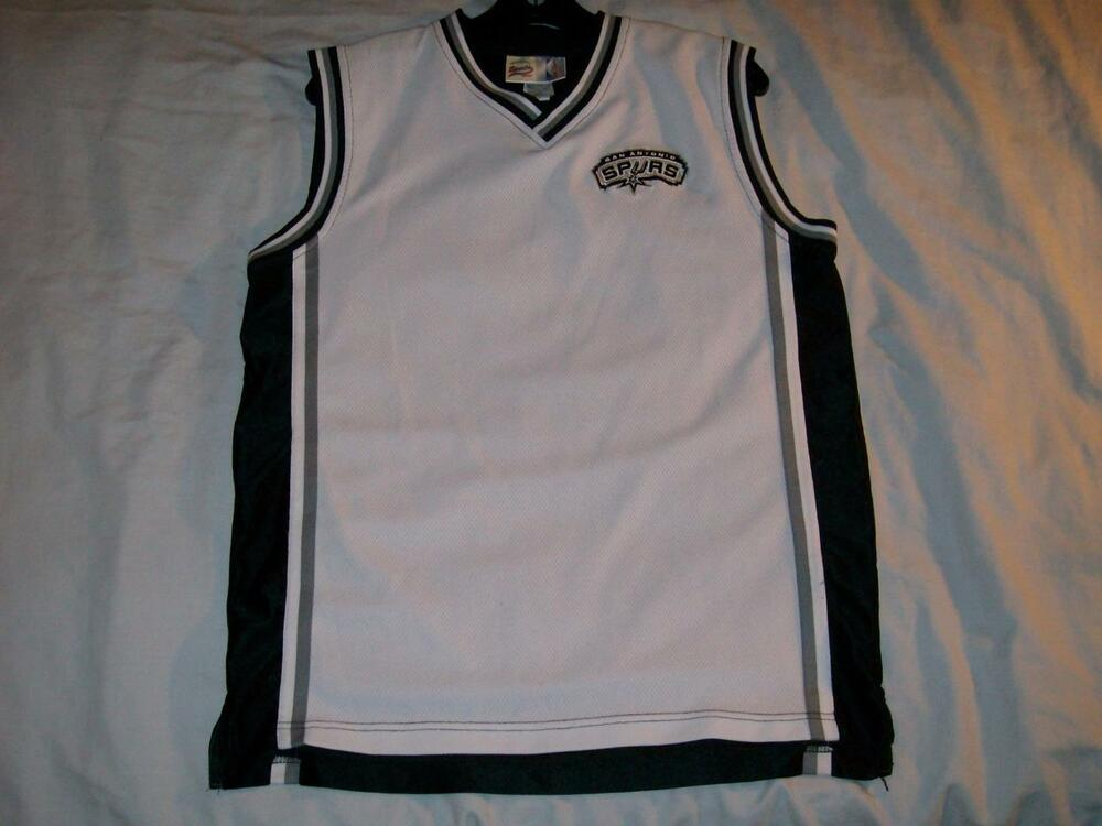 473937edae8a SPURS San Antonio NBA Sports Club White Black Jersey Boys XL size 18 used