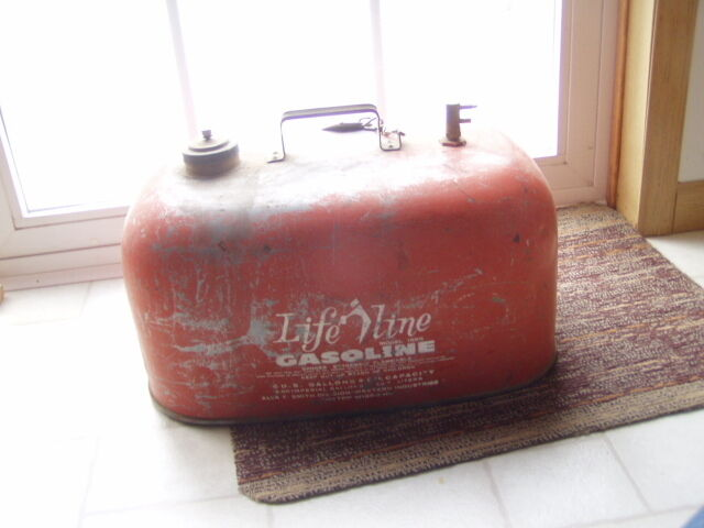Life line 6 gallon outboard boat motor gas fuel tank can for Gas tanks for outboard motors