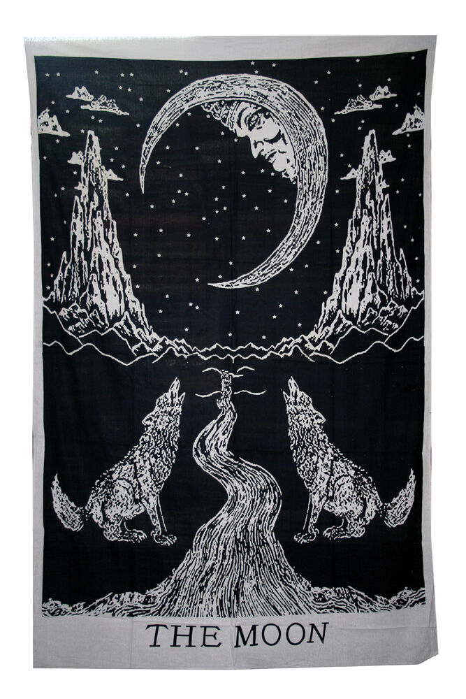 Crying wolf of the moon tapestry wall hanging bohemian bed for Fomic sheet wall hanging