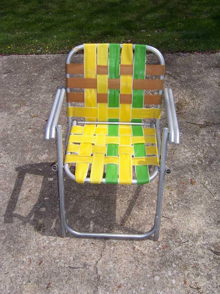 Vintage Lawnlite Aluminum Folding Webbed Lawn Chair Beach