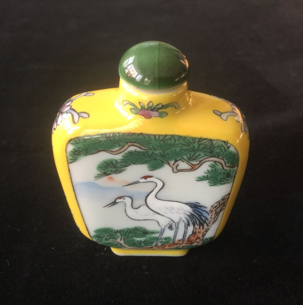 Chinese Snuff Bottle Hand Painted Porcelain Glass Crane