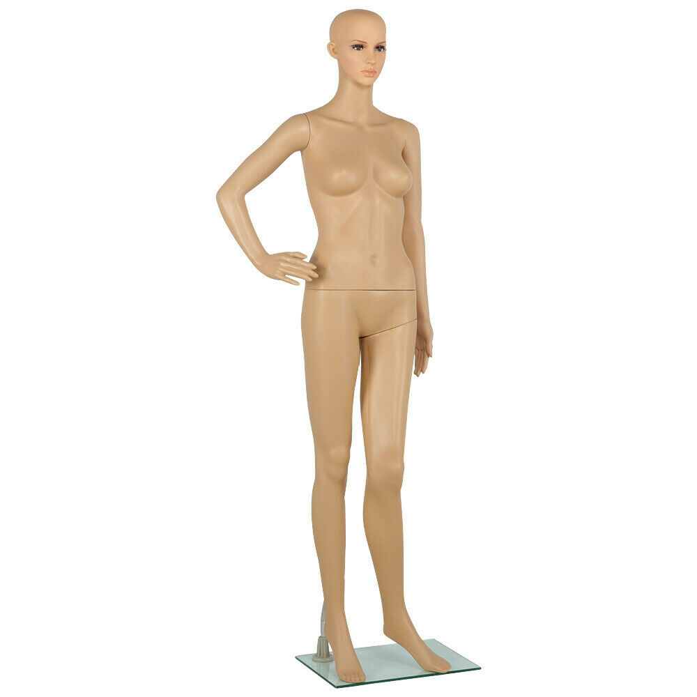Hot, realistic nude girl mannequins this