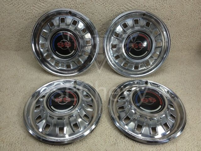 1967 67 Chevy Chevrolet Impala Super Sport Hubcaps Set Of