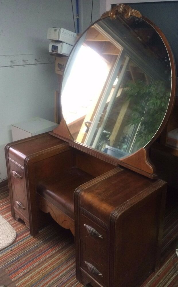 1950 Style Antique Dressing Table Round Mirror Solid
