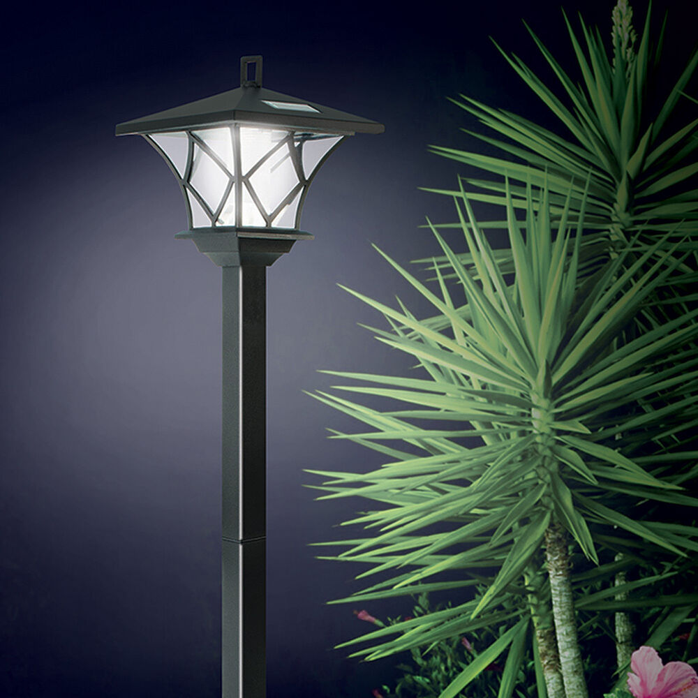 New ideaworks solar powered led yard lamp with 5 foot pole for Outside lawn lights