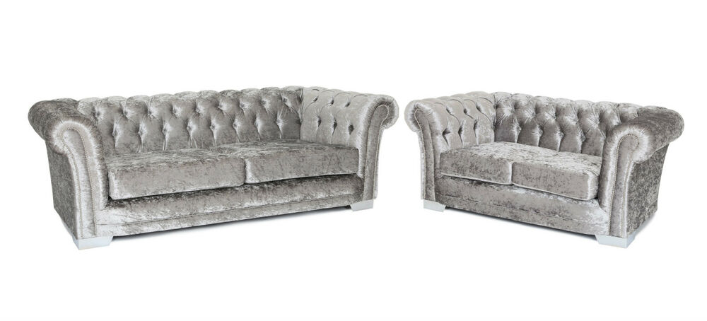 Luxury new studded chesterfield 3 2 sofa set in luxury for Studded sofa sets