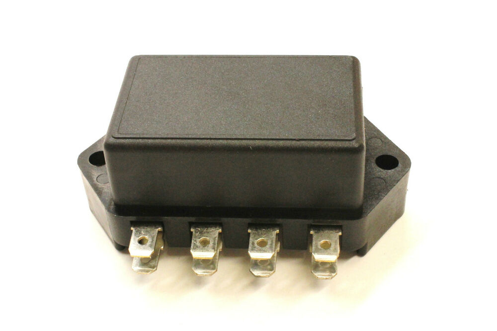 Classic style fuse box glass type for hot rod