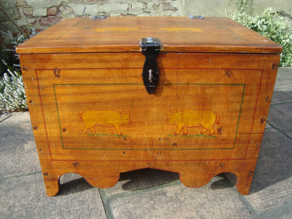 Hand Made Rustic Blanket Toy Box Coffee Table Trunk Chest Painted Pigs Ebay