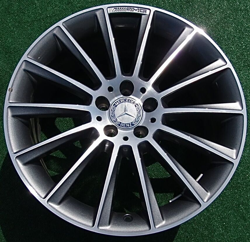 Perfect genuine oem factory amg mercedes benz cls400 for Mercedes benz 19 inch amg wheels