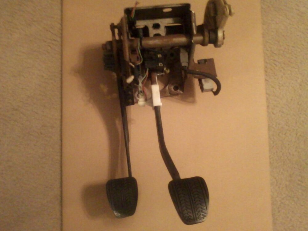 94 04 Ford Mustang 5 Speed Manual Clutch Amp Brake Pedal