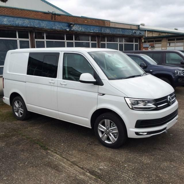 new 2017 vw transporter t6 highline 5 seat kombi van 2 0. Black Bedroom Furniture Sets. Home Design Ideas