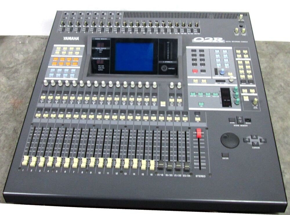 yamaha 02r digital audio mixer mixing recording console o2r ebay. Black Bedroom Furniture Sets. Home Design Ideas