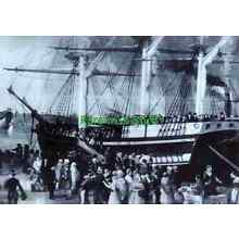 Irish Boarding 'Coffin Ships' To Emigrate To America In The 1800's Old Art Print