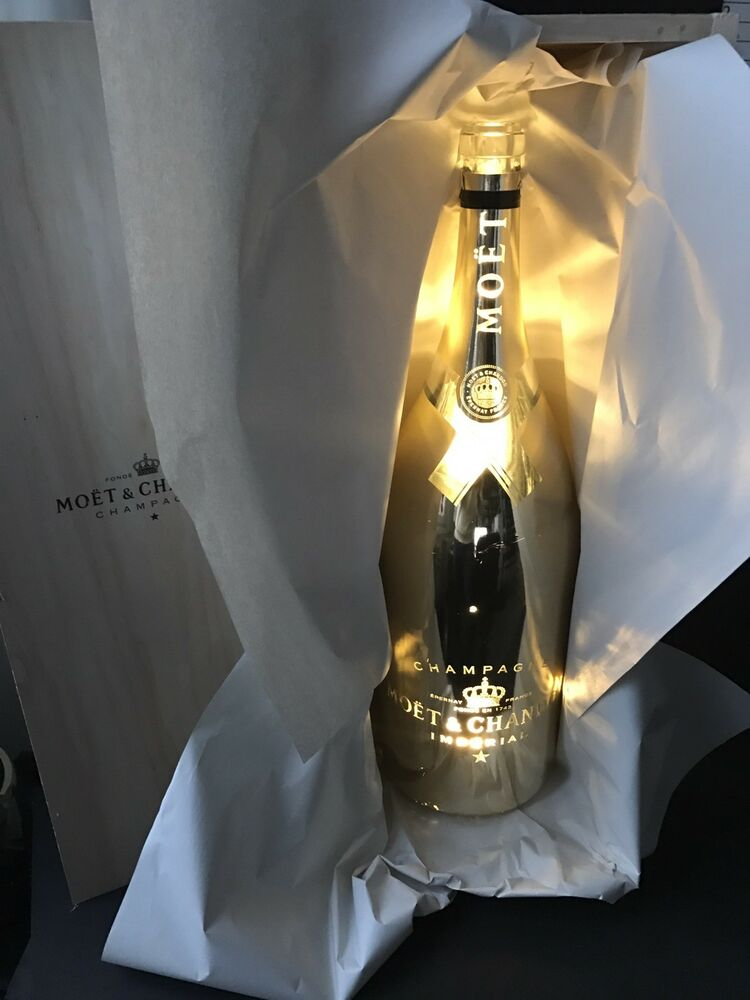 moet chandon bright night gold led 6l methusalem champagner flasche leer deko ebay. Black Bedroom Furniture Sets. Home Design Ideas