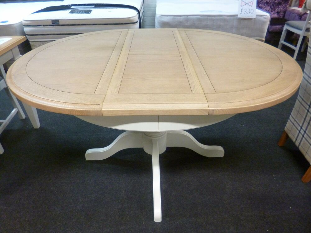 Oak Round Kitchen Dining Tables with Extending eBay