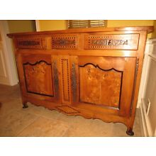 French Provincial carved Louis XV sideboard buffet, fruit-wood, circa 1820