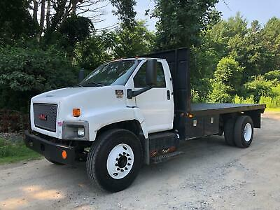 2009 GMC C8500 FLATBED STAKE Truck Cab Chassis ONLY 45K Miles