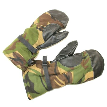img-DUTCH ARMY GLOVES / MITTS FLEECE LINED in DPM WOODLAND CAMO