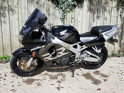 1999 Honda Fireblade CBR 900 RR 918 Unmodified Best example. Viewing recommended