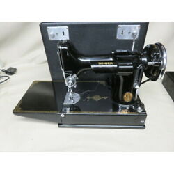 Kyпить 1935 Singer featherweight sewing machine 221-1 with accessories and case на еВаy.соm