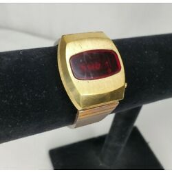 Kyпить Vintage 1970s Kuatron Red LED Watch KIC Made In Korea For Repair  на еВаy.соm