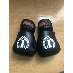 Kyпить Triumph United 16 oz Muay Thai / Boxing gloves на еВаy.соm