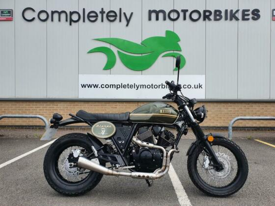 BULLIT BLUROC 250 2020 - ONE PRIVATE OWNER - ONLY 430 MILES FROM NEW