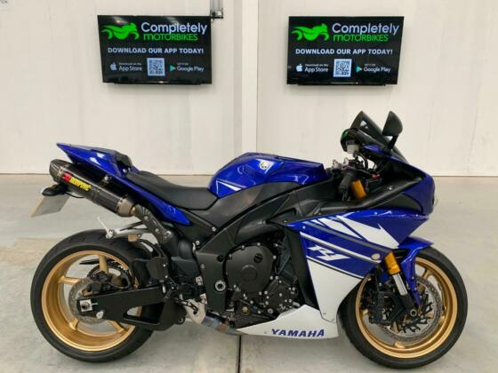 YAMAHA YZF-R1 2012 - ONLY 7557 MILES FROM NEW!