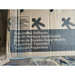 New in Box~~Kidkraft Supermodel Dollhouse~with Accessories