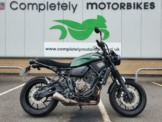 YAMAHA XSR 700 2016 - ONLY 5185 MILES FROM NEW