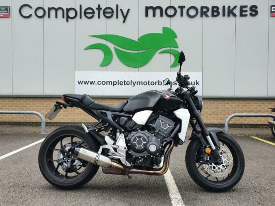 HONDA CB1000R NEO SPORTS CAFE 2021 - ONLY 1203 MILES FROM NEW