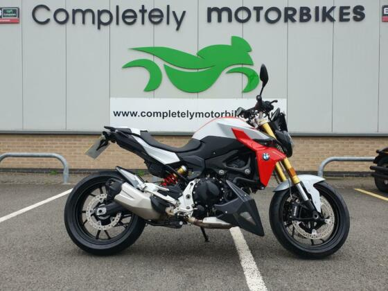 BMW F900 R 2020 - ONLY 4703 MILES FROM NEW